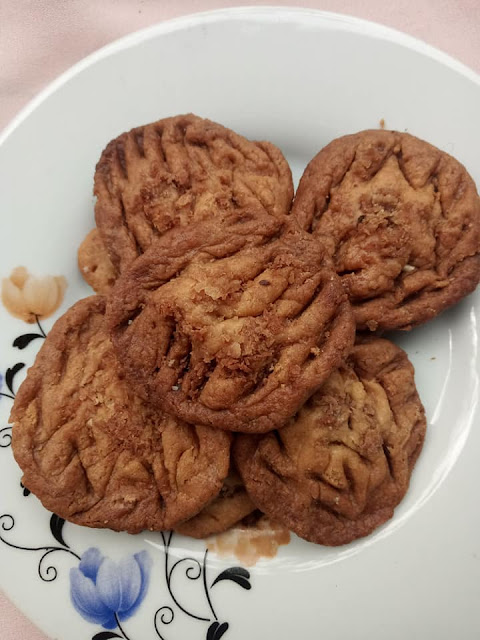 ඉගුරු [ජින්ජර්] කුකීස් (Ginger Cookies) - Your Choice Way