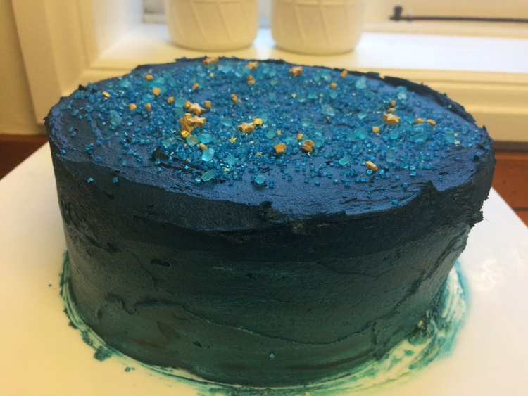 There's that ombre effect up the sides (of my slightly wibbly wobbly cake)...