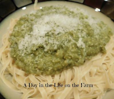 Green Tomato Pasta Sauce