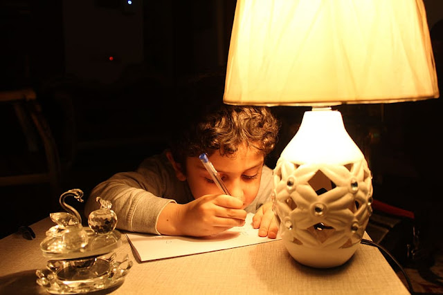 kids study light