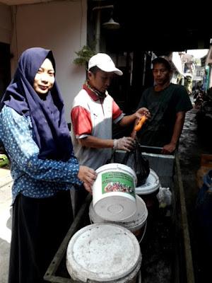 Pengumpulan Terpilah Sampah di RW 7 Kelurahan Lebakgede Bandung