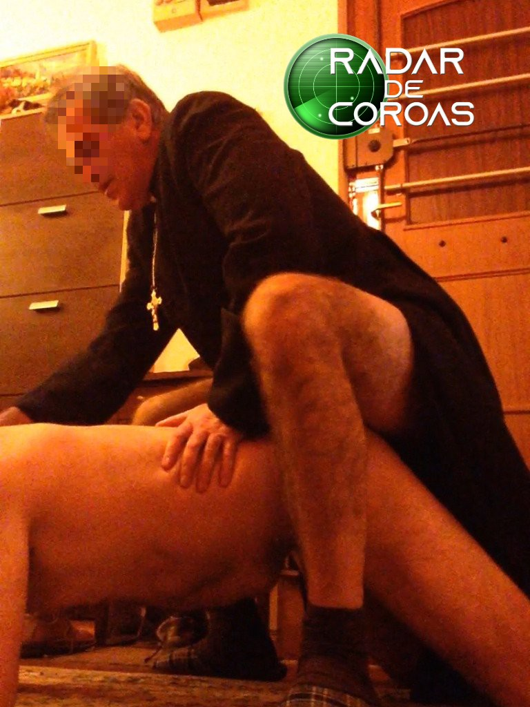 sexo con el sacerdote