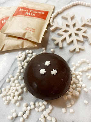 decorate hot cocoa bombs