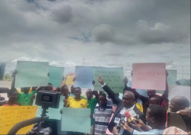 Group protests NFF position on Taraba FA