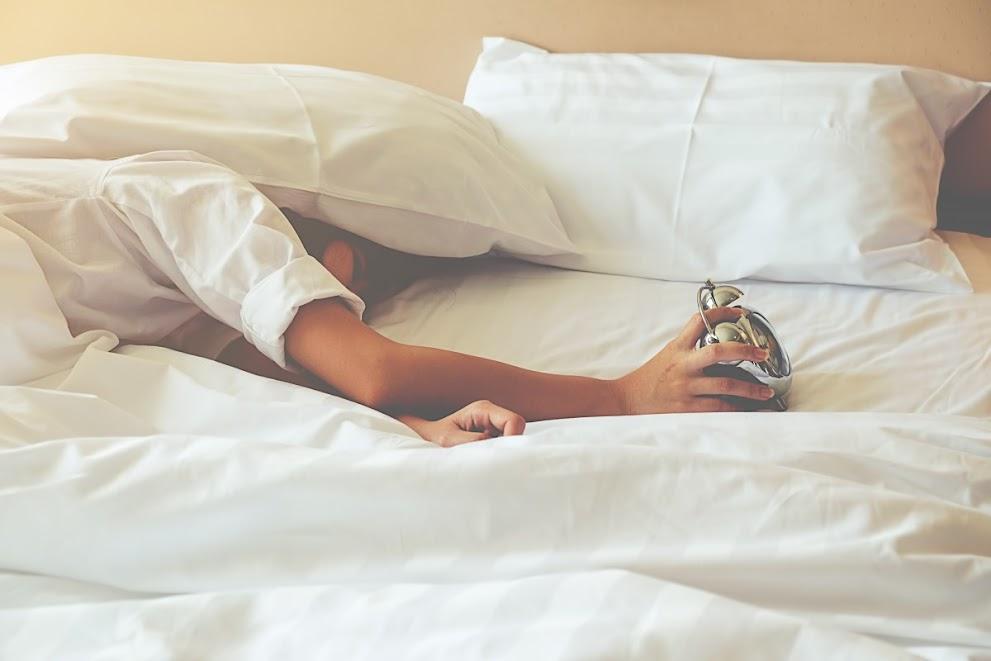 Ile tak na prawdę potrzebujesz snu?
