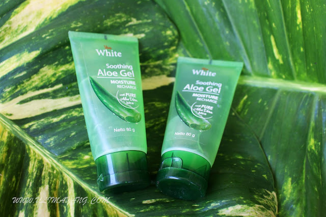 review-kandungan-viva-white-sooting-aloe-gel-moisture-recharge-with-pure-aloe-vera-juice