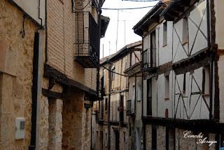 Casas tipica del Burgo de Osma, castellenas de piedra y madera