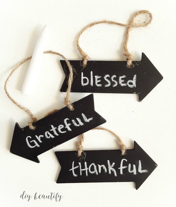 chalkboard tags for Thanksgiving