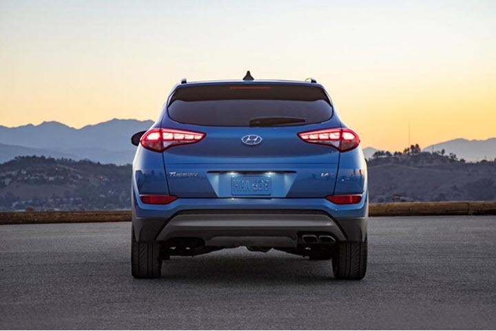 Hyundai Tucson độ đèn hậu 'ngầu' như xe Porsche