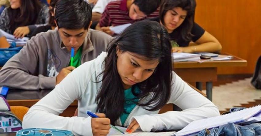 MINEDU: Se reduce tasa de deserción en las universidades privadas