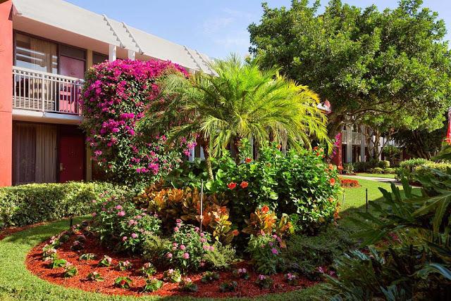Hotel Ramada by Wyndham Naples