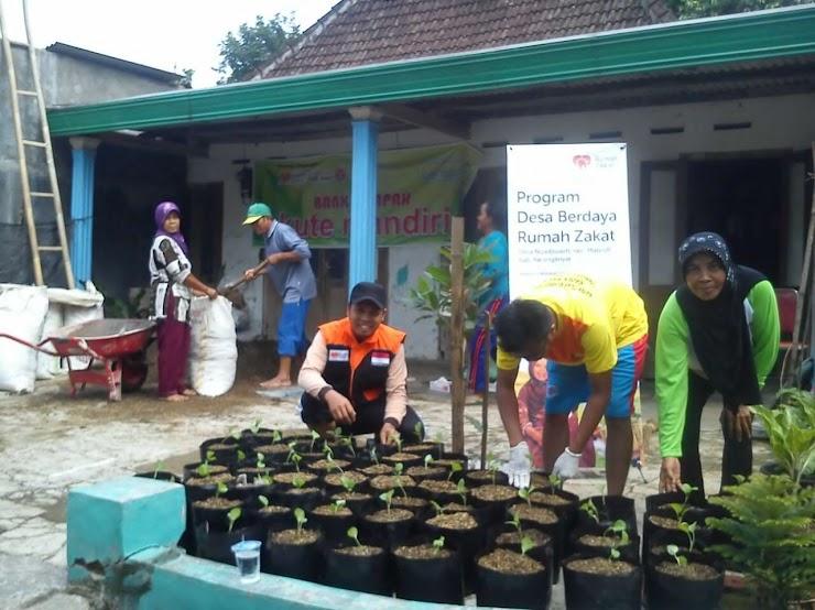 Relawan Inspirasi Canangkan Gerakan Menanam 1000 Polybag