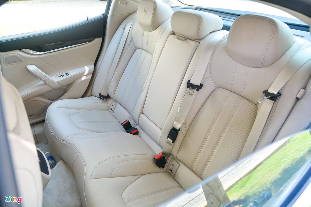 Chi tiết Maserati Ghibli ở VN - sedan mạnh 350 mã lực, giá từ 5,69 tỷ