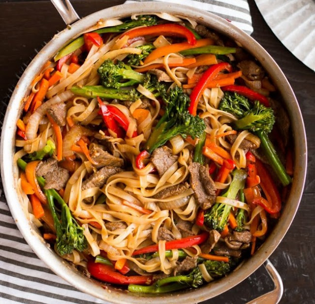 Quick and Easy Beef Noodle Stir Fry #dinner #noodle