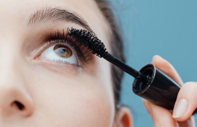 3 Tips Memilih Maskara yang Bagus Agar Bisa Melentikkan Bulu Mata