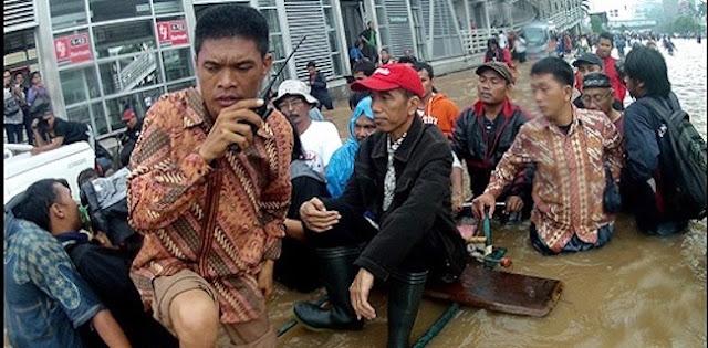Janji Jokowi Tuntaskan Banjir Jakarta Ditagih PKS