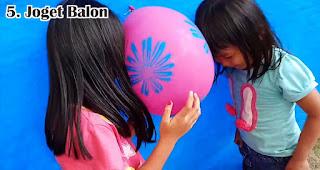 Joget Balon merupakan salah satu lomba 17an seru yang bisa dilakukan di rumah saat pandemi