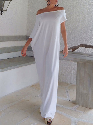 DreesHead Has The Best Summer Dresses For Your Minimal Wardrobe