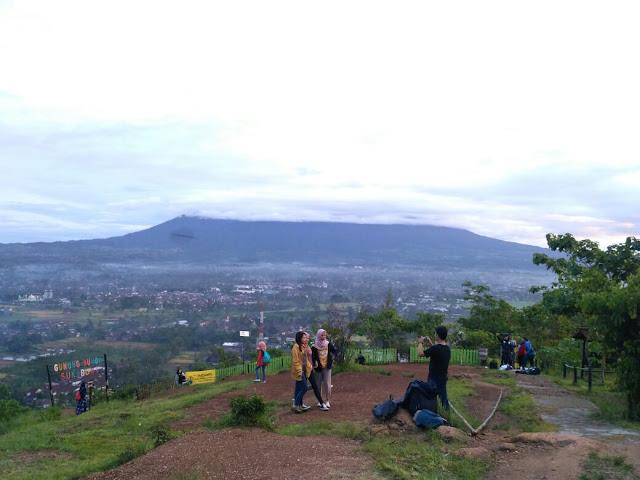 Gunung Sunda Sukabumi