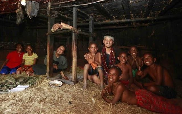 manfaat dan kegunaan rumah adat Papua sebagai Tempat Bergabung