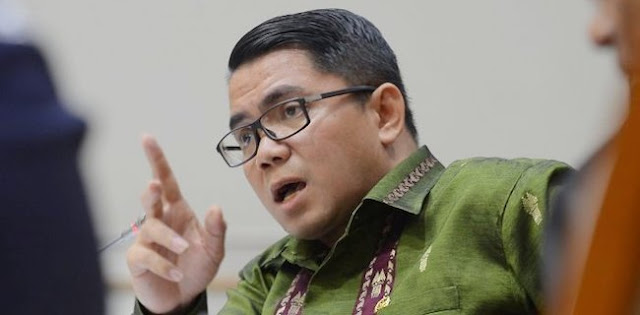 Bantah Keturunan Pendiri PKI, Arteria Dahlan Urai Silsilah Keluarga Besarnya
