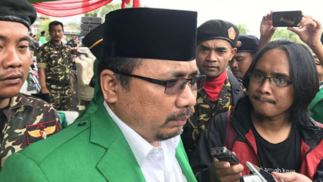 Yaqut GP Ansor Santai Hadapi Laporan LBH Street Lawyer