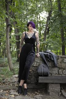 лилава коса татуировки