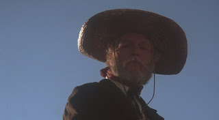 Paul Newman as an older Judge Roy Bean