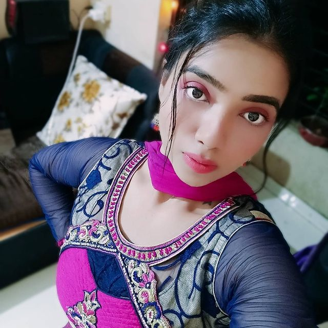 Rekha Mona Sarkar Wiki, Bio, Web Series, Movies, Photos Age, Height and other Facts