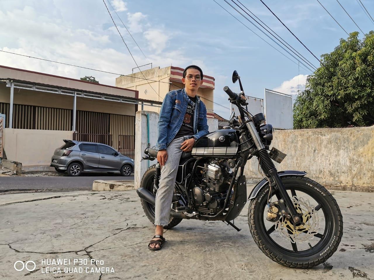 motor custom yamaha scorpio tracker