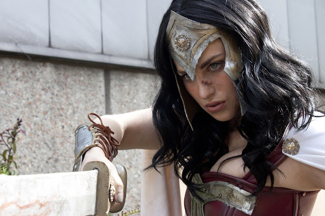 Wonder woman amazon cosplay