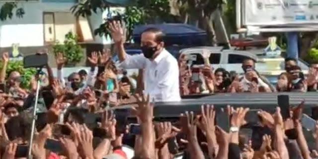 Kerumunan Jokowi Di Maumere, Yan Harahap: Penindakan Pelanggar Prokes Hanya Pada 'Lawan Politik'