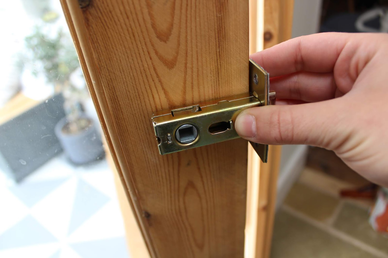 how to fit latch in wooden french door