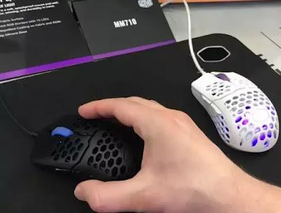 mouse gaming terbaik cooler master mm710