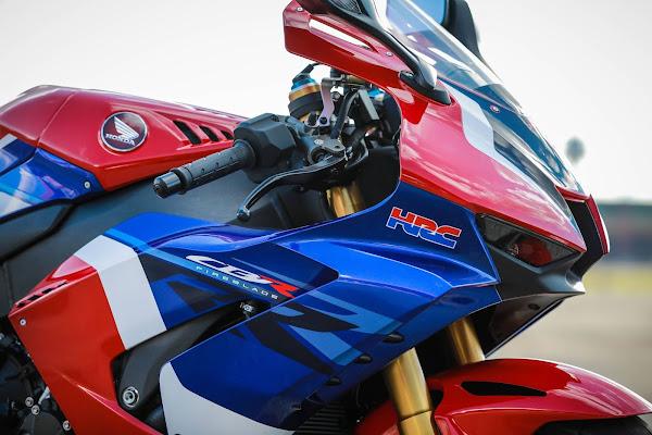 Nova Honda CBR 1000RR-R Fireblade SP 2022: preço, fotos e detalhes