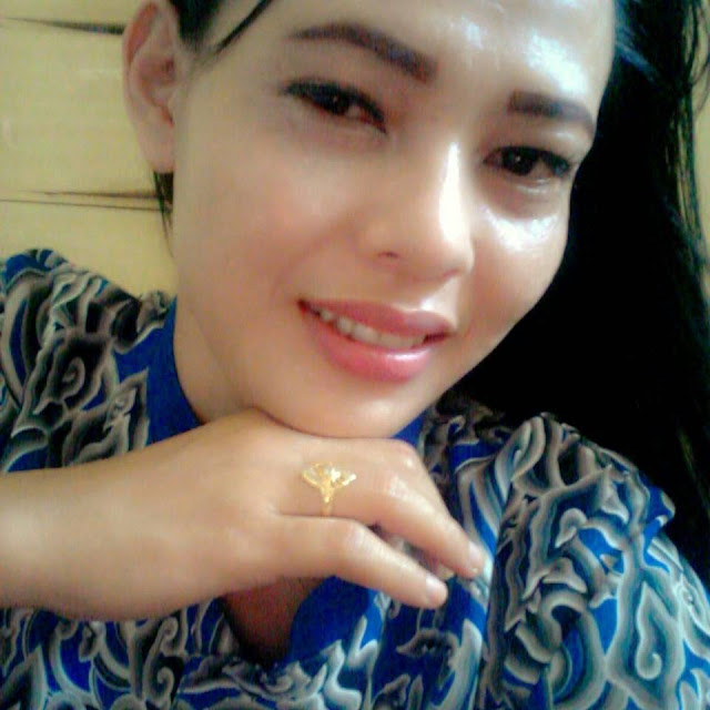 Dini Seorang Janda 1 Anak Beragama Islam Suku Jawa Berprofesi Wiraswasta Di Tanjungpinang Kepulauan Riau Mencari Jodoh Pasangan Pria Untuk Jadi Calon Suami