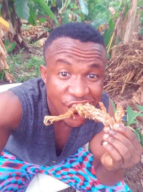 Nigerian Man Enjoys Frog Meat With Rice In Uyo (Photos)