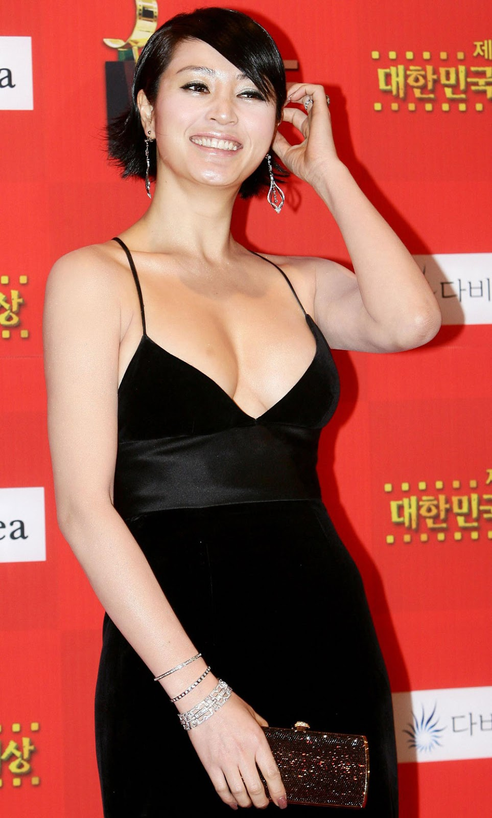 Kim Hye Soo stars in Juvenile Judgment