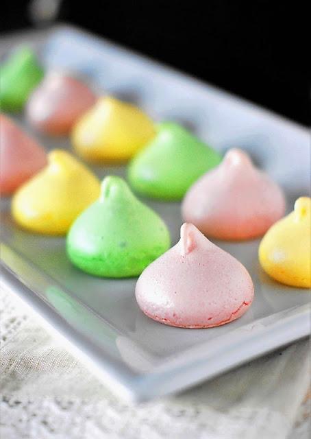 Pastel Spring Meringue Cookies (choose the flavor) Image