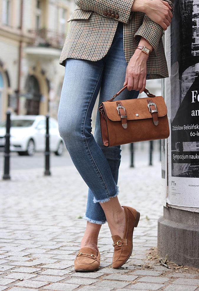 mokasyny i jeansy