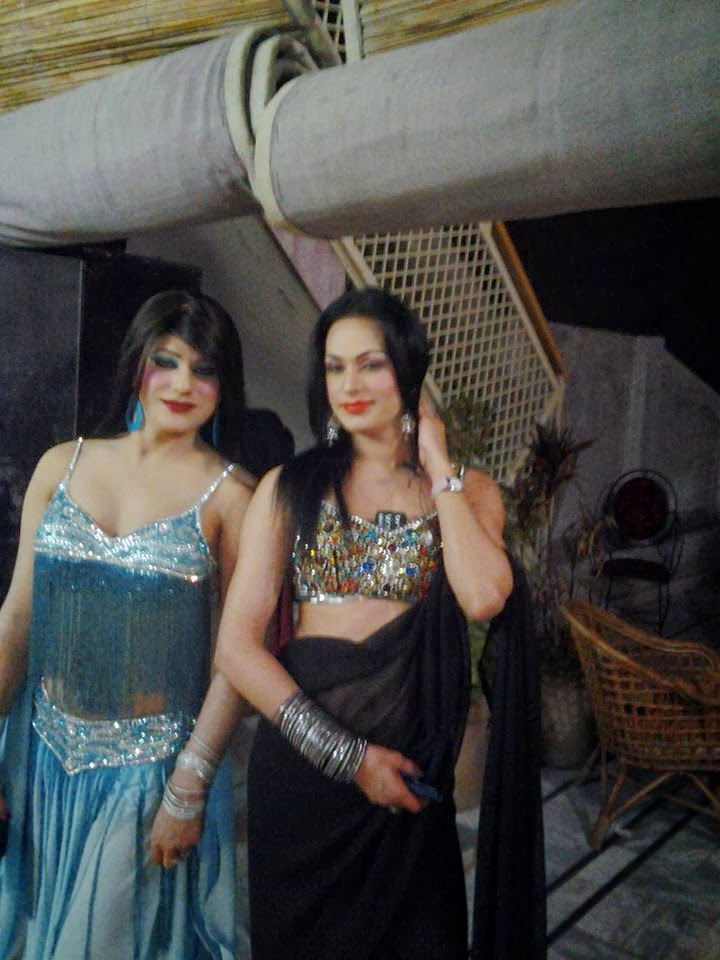 photos of pakistani shemales nude girls