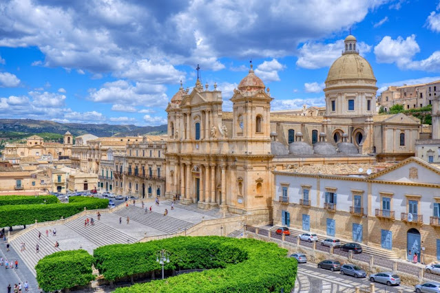 weekend in sicilia economico