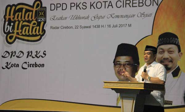 nasrudin azis hadiri halal bihalal pks kota cirebon
