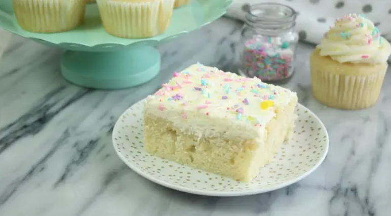 easy Vanilla Cake Recipe from scratch
