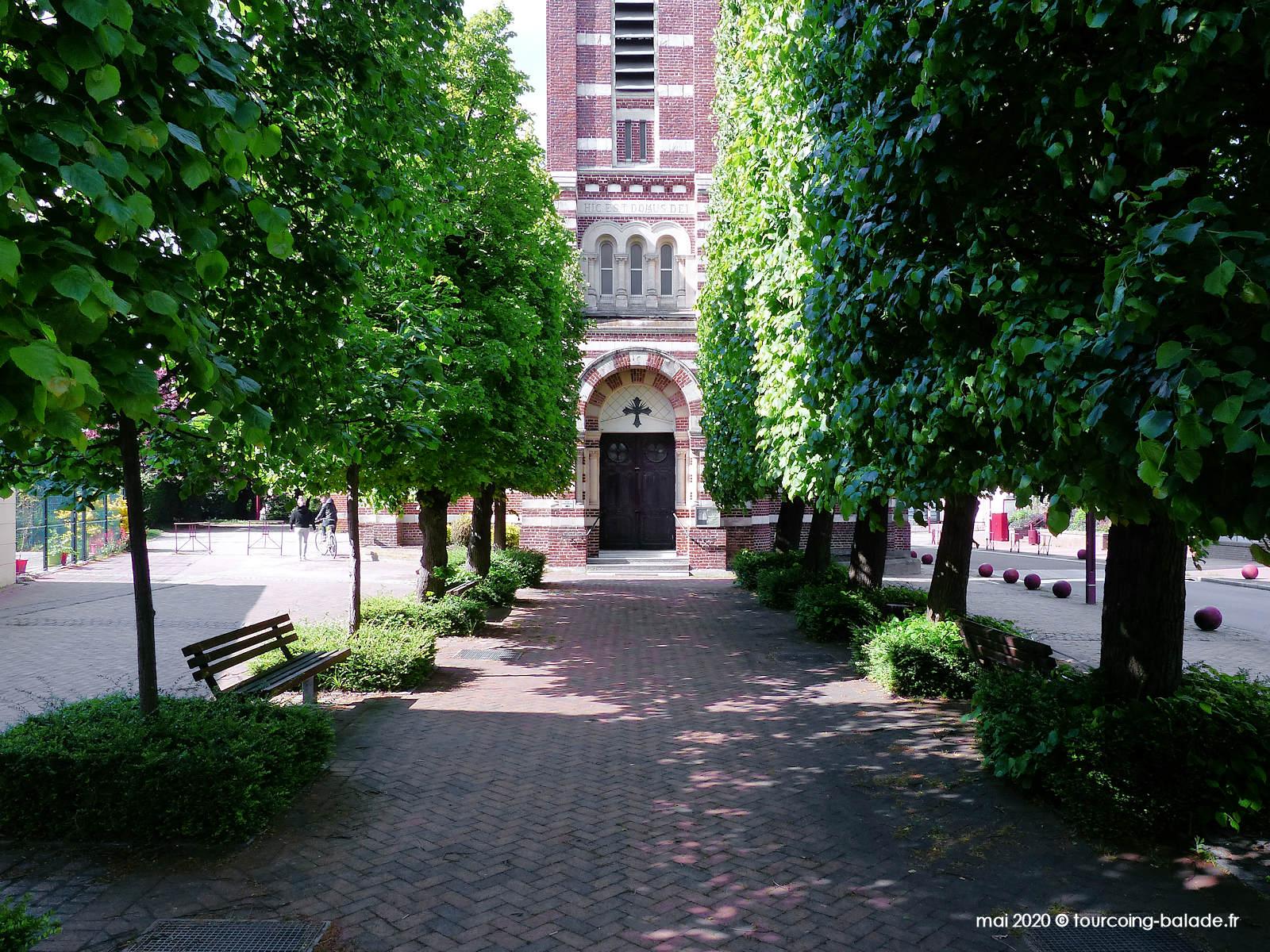 Parvis Église Saint Martin, Templemars 2020
