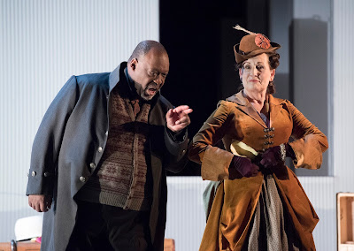 Mozart: The Marriage of Figaro - Keel Watson, Janis Kelly - English National Opera (photo Alastair Muir)
