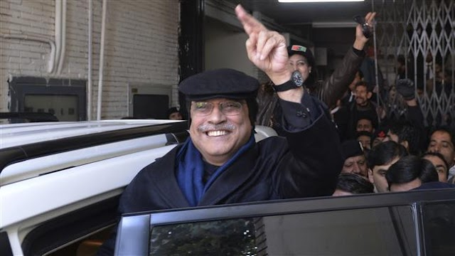 Pakistan's ex-president Asif Ali Zardari returns from exile