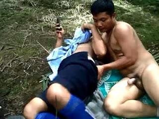 Serunya Ngentot Selingkuhan di Hutan