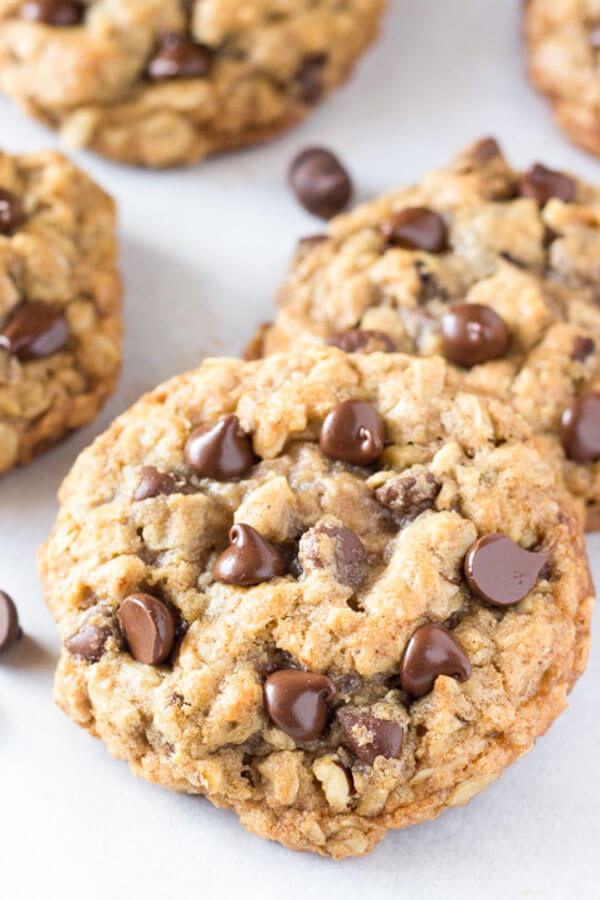 best Chewy Oatmeal Chocolate Chip Cookies