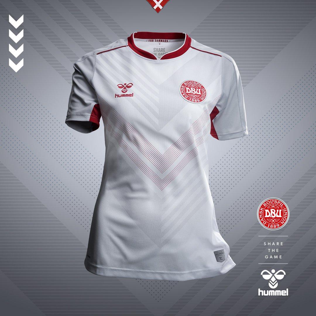 3c4be8f20 Hummel lança as camisas da seleção feminina da Dinamarca - Show de ...